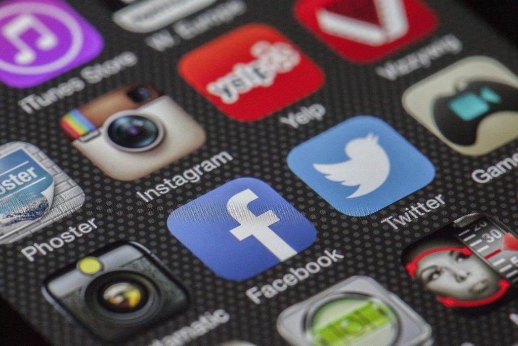 Amélioration de présence sur les réseaux sociaux entreprise belge